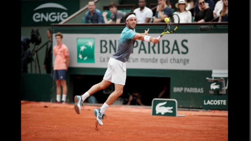 Roland Garros: finisce tra gli applausi la favola di Cecchinato