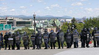 Protestos pacíficos na cimeira do G7