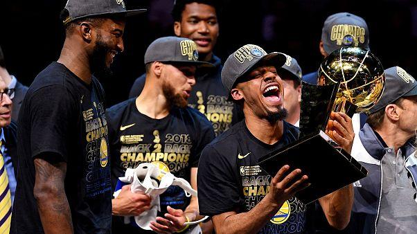 """""""Голден Стэйт Уорриорз"""" — чемпион НБА"""