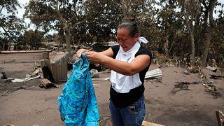 Kétségbeesetten keresik eltűnt szeretteiket a guatemalaiak