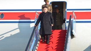 كيم جونغ أون يرسل طائرة شحن محملة بالمستلزمات إلى سنغافورة قبل وصوله