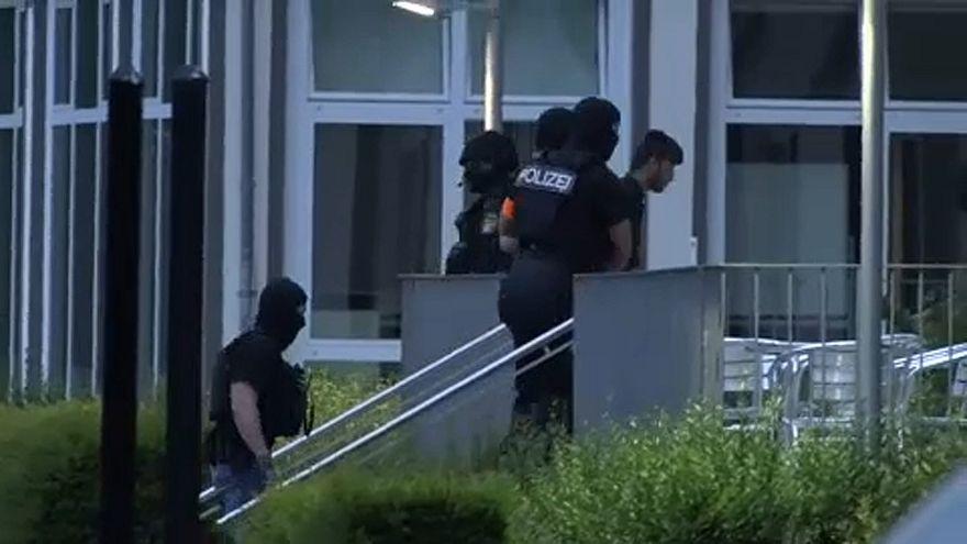 Megérkezett Németországba a német lány iraki gyilkosa