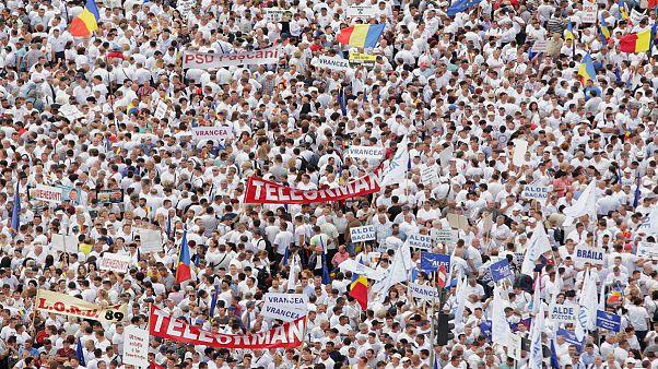 اعتراض گسترده به فساد در رومانی