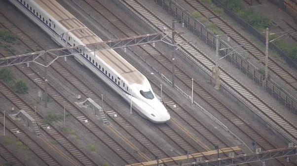 Нападение на пассажиров поезда: один человек убит, двое ранены