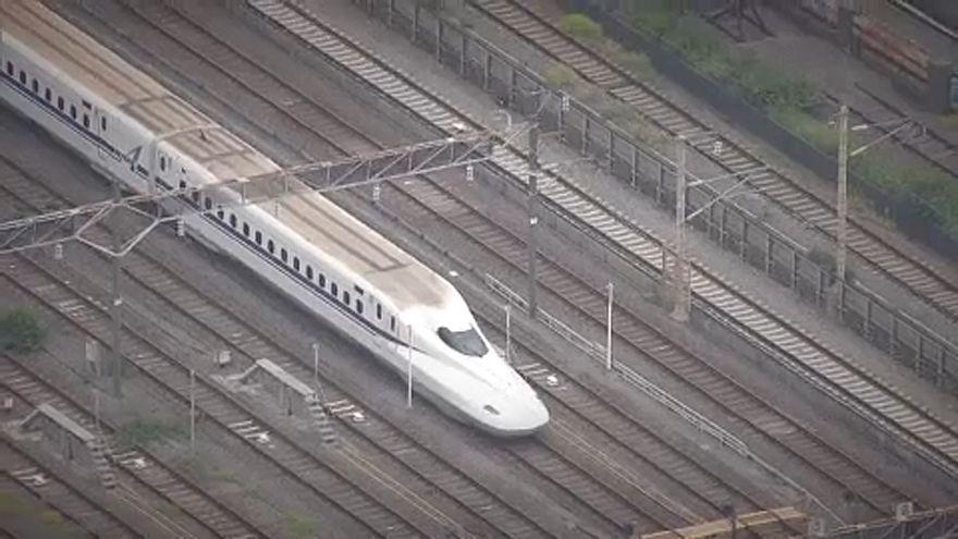 Halálos késelés Japánban egy gyorsvonaton
