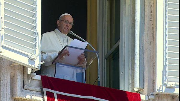 Папа Франциск помолился за корейцев