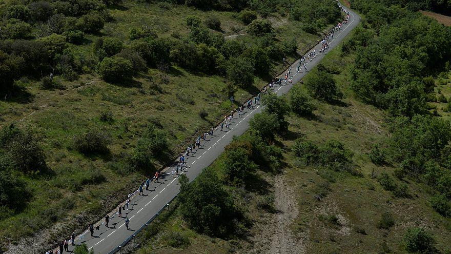 زنجیرۀ انسانی ۲۰۲ کیلومتری استقلالطلبان در باسک اسپانیا