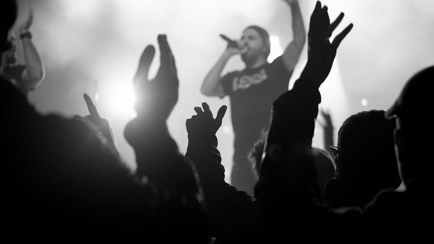 Müslüman rapçinin, IŞİD'in saldırdığı Bataclan'daki konseri tartışma yarattı