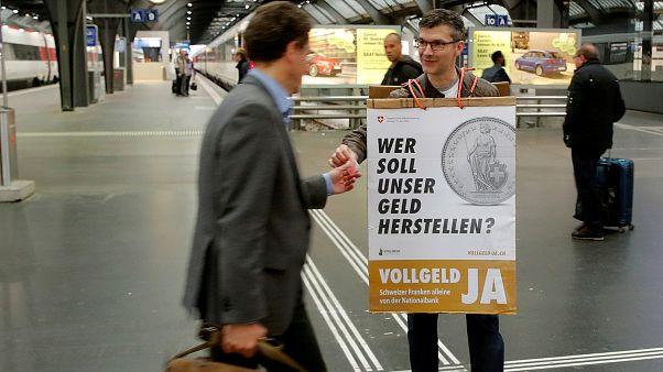 Marad a bankok pénzteremtési joga Svájcban