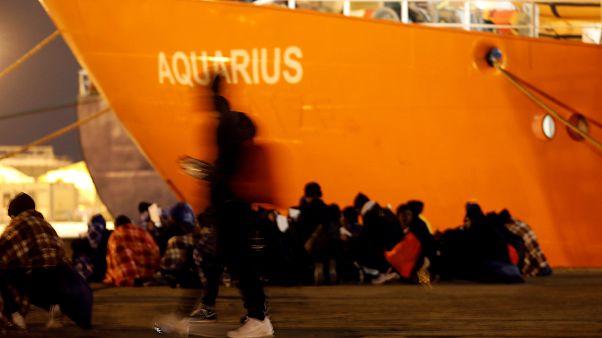 629 göçmenin sığındığı gemide mutlu son: İtalya reddetti, İspanya kucak açtı