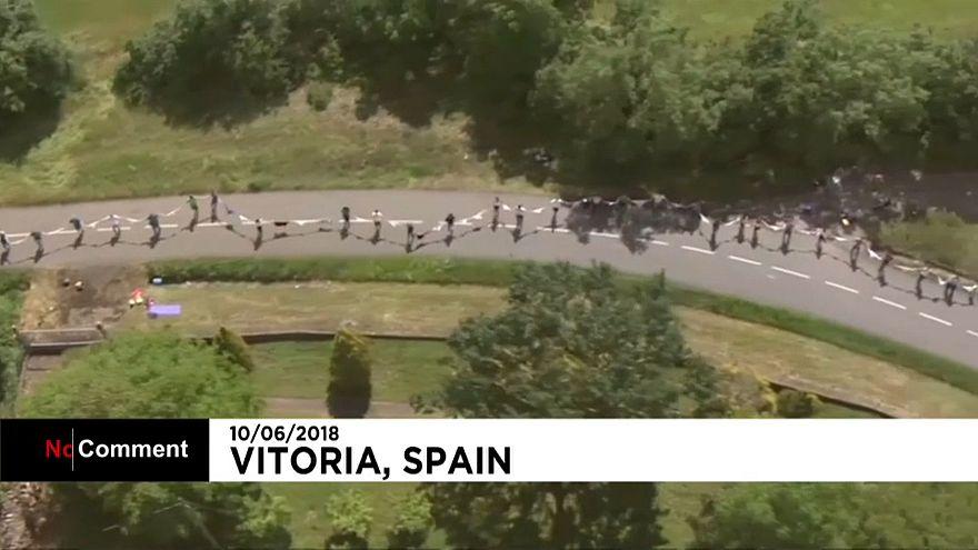 Espagne : une chaîne humaine pour l'indépendance du Pays basque