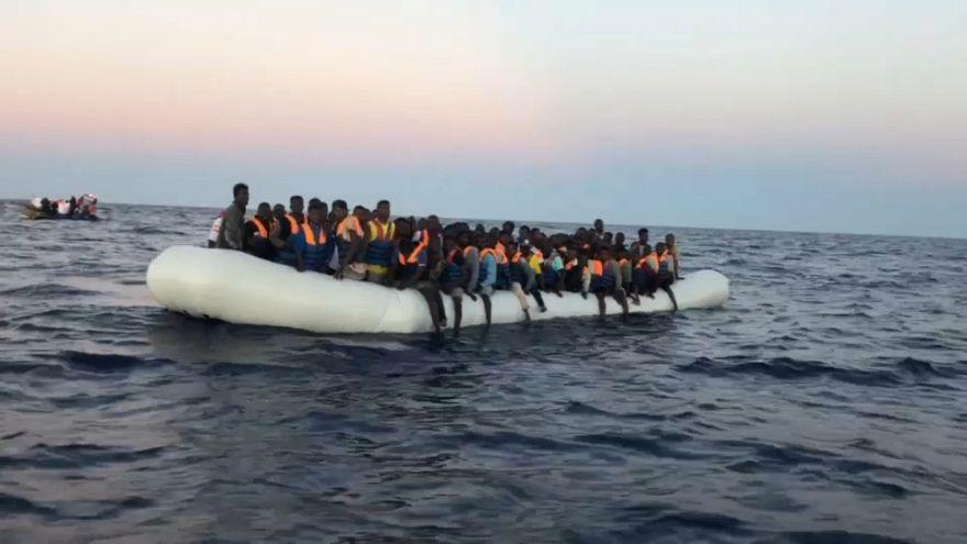 Spain to take in drifting migrant ship Aquarius
