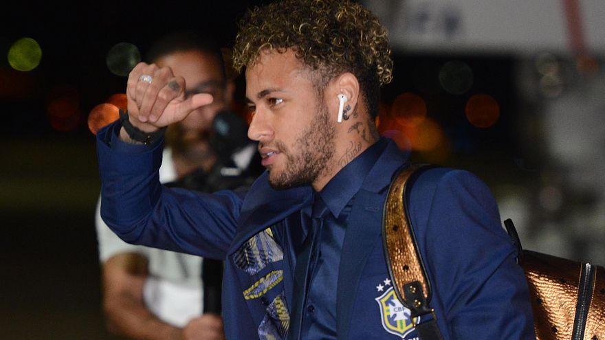 Tiembla Rusia... Neymar aterriza en Sochi