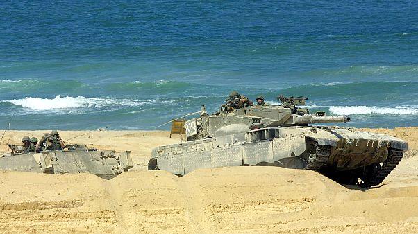 لأول مرة .. إسرائيل تدمر نفقاً بحرياً تابعاً لحماس