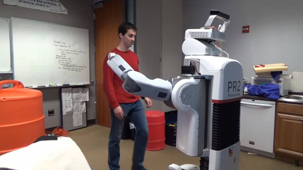 Why scientists are teaching this robot to hug