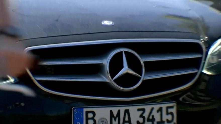Germania, si allarga lo scandalo dieselgate con Daimler