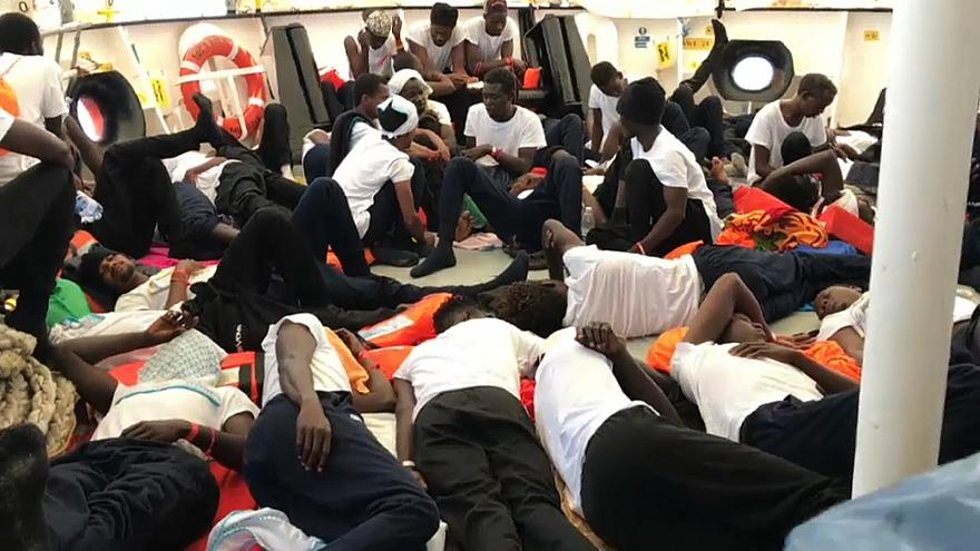 Flüchtlingsschiff Aquarius darf nach Spanien