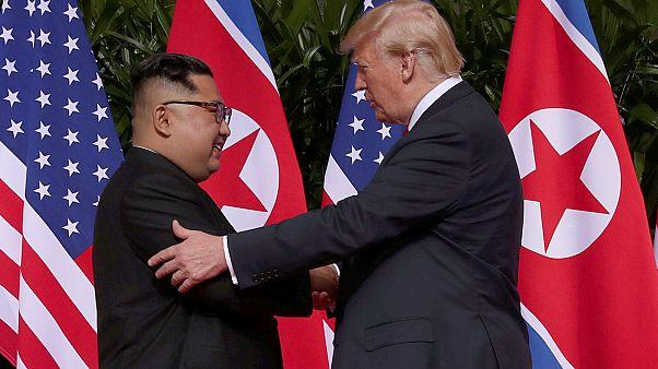 Онлайн-трансляция: первая встреча Дональда Трампа и Ким Чен Ына