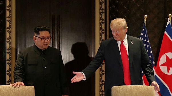 پیامهای مستتر در زبان بدن کیم جونگ اون و دونالد ترامپ