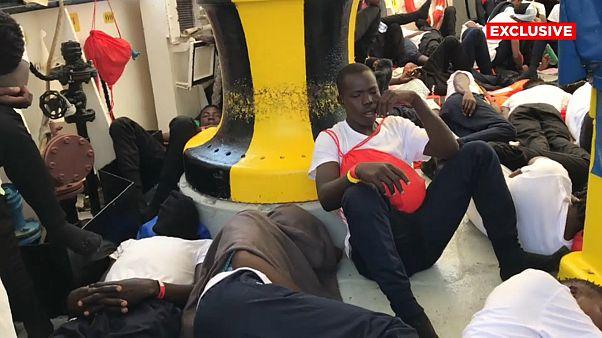 Correspondente descreve situação a bordo do Aquarius