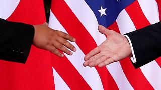 Историческое рукопожатие
