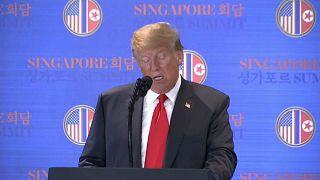 """Singapore, Trump: """"Smettiamo di giocare alla guerra"""""""