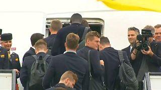 DFB-Elf: Abflug nach Russland