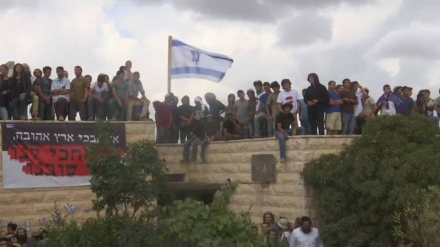 Israeli settlers evicted after lengthy court battle