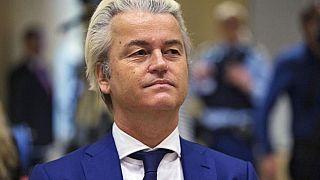 """Hollanda meclisinde """"Muhammed peygamber"""" karikatürü yarışması"""