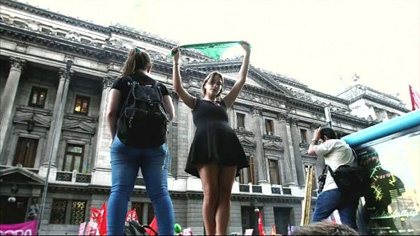 Tensión en Argentina mientras el Congreso decide sobre el aborto