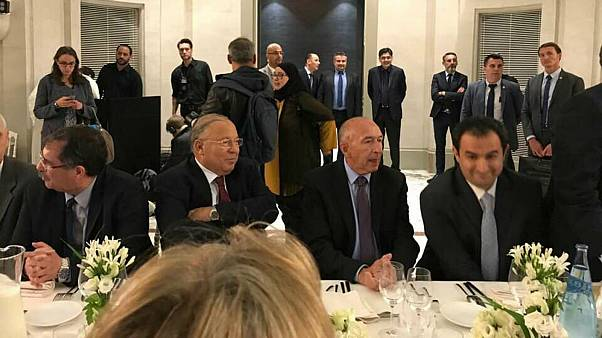 لماذا غاب ماكرون عن مائدة الإفطار الرمضانية في باريس؟