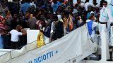 Новая группа мигрантов доставлена на Сицилию