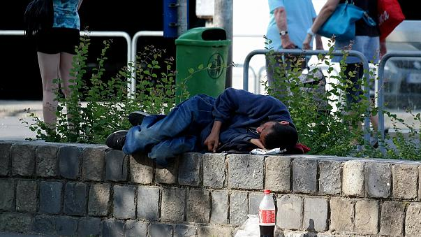 Hungarian MP proposes law change to make homelessness unconstitutional