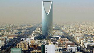 هيومن رايتس ووتش تطالب السعودية بالكشف عن مكان الشاعر نواف الرشيد