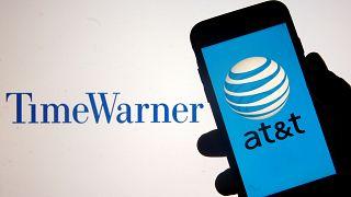 Aprovado meganegócio entre AT&T e Time Warner