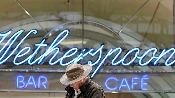 Brexit: Pubkette Wetherspoon verkauft künftig weniger EU-Produkte