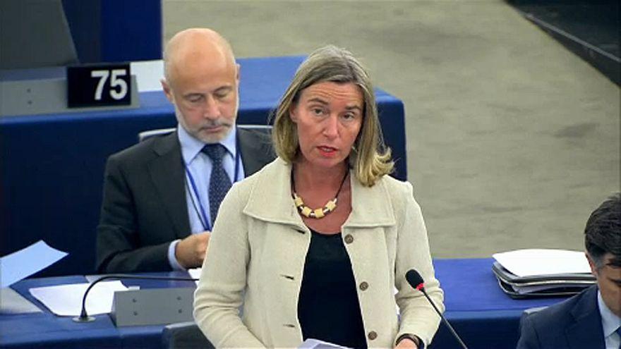 Πιέσεις για να σωθεί η συμφωνία με το Ιράν ασκεί η ΕΕ