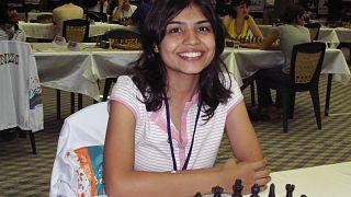 Hindu satranç şampiyonu başörtüsü nedeniyle İran'daki turnuvadan çekildi