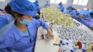 En Chine, l'atelier mondial des mascottes