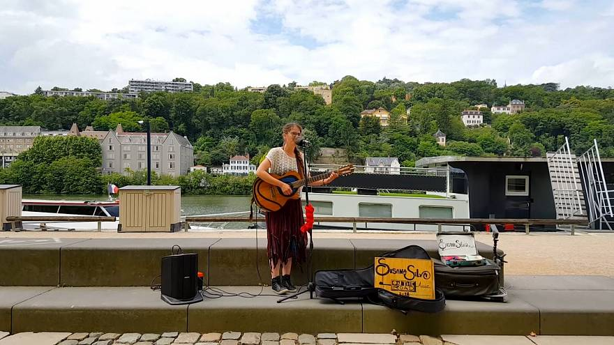 Busker kicks-off European tour and hosts gigs from her converted van