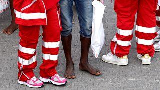 Mülteci gemisi krizi İtalya ve Fransa'yı birbirine düşürdü
