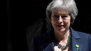Theresa May supera desafios