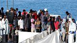 غداء عمل باريسي قد ينهي الأزمة الفرنسية الإيطالية حول اللاجئين