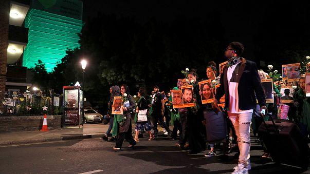 London: 1. Jahrestag der Grenfell-Brandkatastrophe
