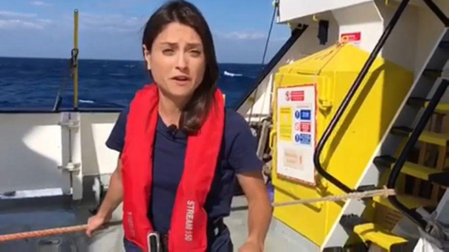 Stormy seas hamper migrants trip to Spain