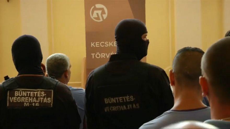 Ungheria, 25 anni ai passeur che lasciarono soffocare 71 migranti