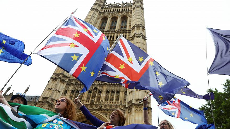 """بعد عامين على """"بريكست"""".. 10 أسئلة حول """"الطلاق"""" البريطاني الأوروبي"""