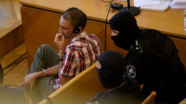 Migrants asphyxiés en Hongrie : le procès de l'horreur