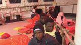 Migrantes enfrentam longa viagem no Aquarius
