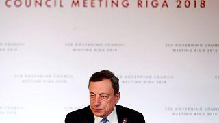 EZB lässt Leitzins unten und will Anleihenkäufe stoppen